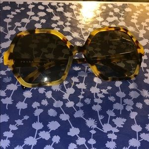 Like new PRADA sunglasses light tortoise color